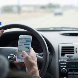 Blog drivers know the risk of using a cell phone while driving but do it anyway